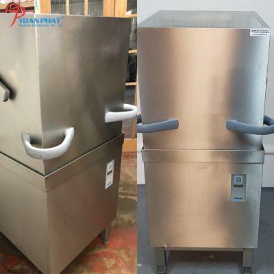 Ứng dụng vượt trội của máy rửa chén trong trường học, bệnh viện