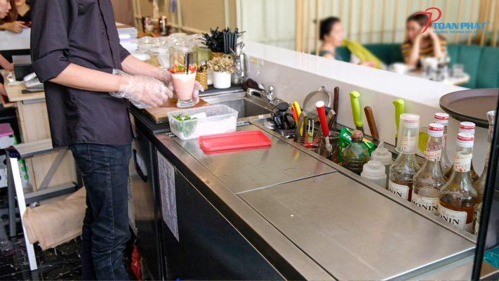 Tủ lạnh quầy bar là gì?